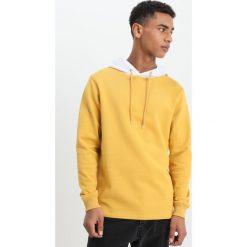 Soulland GATTO HOODIE Bluza z kapturem mustard. Żółte bluzy męskie rozpinane marki Soulland, l, z bawełny, z kapturem. W wyprzedaży za 501,75 zł.