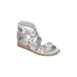 Sandały Dziecko  Mod'8  JOYCE. Czerwone sandały dziewczęce marki Born2be, z materiału, z otwartym noskiem, na zamek. Za 279,20 zł.