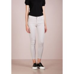 7 for all mankind UNROLLED ILLUSION COLOR STEEL Jeans Skinny Fit steel grey. Szare jeansy damskie relaxed fit 7 for all mankind, z bawełny. Za 929,00 zł.