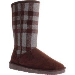 """Kozaki """"Melisa"""" w kolorze ciemnobrązowo-szarym. Czarne buty zimowe damskie marki Kazar, z futra, przed kolano, na wysokim obcasie, na koturnie. W wyprzedaży za 129,95 zł."""
