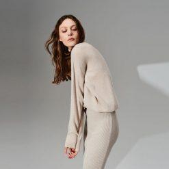 Odzież damska: Sweter z wełny i kaszmiru - Beżowy