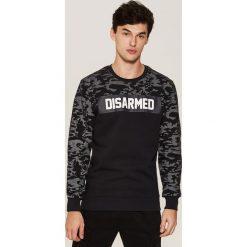 Bluza camo z napisem - Czarny. Czarne bluzy męskie rozpinane marki House, l, z nadrukiem. Za 99,99 zł.
