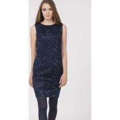 Sukienki: Sukienka z żakardowym wzorem