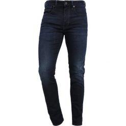 GStar 3301 SLIM Jeansy Slim Fit dark aged. Czerwone jeansy męskie relaxed fit marki G-Star, l, z napisami. Za 469,00 zł.