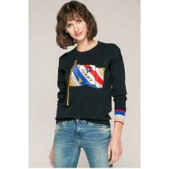 Tommy Hilfiger - Sweter Payton. Szare swetry klasyczne damskie marki TOMMY HILFIGER, l, z bawełny, z okrągłym kołnierzem. W wyprzedaży za 539,90 zł.