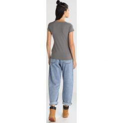 Colmar JERICO Tshirt z nadrukiem graphene. Szare t-shirty damskie Colmar, m, z nadrukiem, z bawełny. Za 189,00 zł.