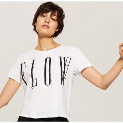 T-shirt z napisem - Biały. Czerwone t-shirty damskie marki House, l, z napisami. Za 35,99 zł.