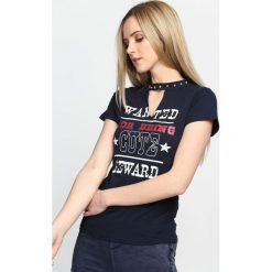 Bluzki asymetryczne: Granatowy T-shirt You Say No