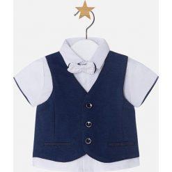 Mayoral - Koszula dziecięca + kamizelka + mucha 65-80 cm. Szare koszule chłopięce z krótkim rękawem marki Mayoral, z bawełny, z włoskim kołnierzykiem. Za 129,90 zł.