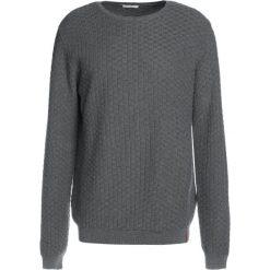 Kardigany męskie: Knowledge Cotton Apparel CHECK ROUND NECK  Sweter dark grey melange