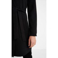 Płaszcze damskie pastelowe: ONLY ONLKAYLA ENA WRAP  Krótki płaszcz black
