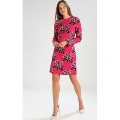 Hobbs BEA Sukienka letnia magenta multicoloured. Niebieskie sukienki letnie marki Hobbs, z materiału. W wyprzedaży za 403,60 zł.