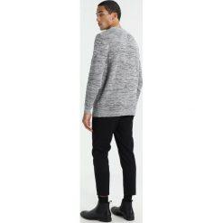 Tommy Jeans TONAL Sweter light grey. Szare kardigany męskie Tommy Jeans, m, z bawełny. W wyprzedaży za 356,15 zł.