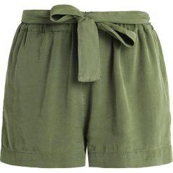 American Vintage NALASTATE Szorty petit pois. Zielone szorty damskie American Vintage, z lyocellu, vintage. Za 509,00 zł.
