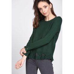 Ciemnozielony Sweter Be Patient With. Zielone swetry klasyczne damskie Born2be, l. Za 54,99 zł.