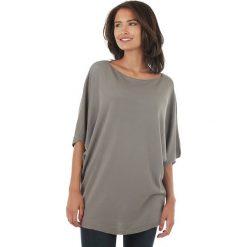 Sweter w kolorze szarym. Szare swetry klasyczne damskie marki L'étoile du cachemire, z kaszmiru, z okrągłym kołnierzem. W wyprzedaży za 108,95 zł.