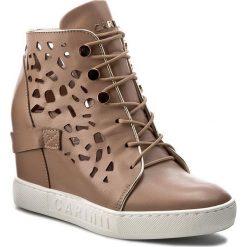 Sneakersy CARINII - B4027  J98-J16-000-B88. Brązowe sneakersy damskie Carinii, z materiału. W wyprzedaży za 269,00 zł.