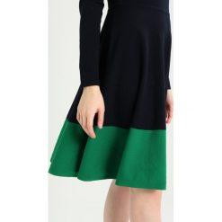 Sukienki dzianinowe: Hobbs MACIE DRESS Sukienka dzianinowa navy/green