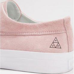 HUF DYLAN SLIP ON Półbuty wsuwane pink. Czarne półbuty damskie wsuwane marki HUF, z gumy. Za 399,00 zł.