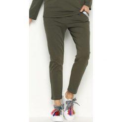 Spodnie dresowe damskie: Ciemnozielone Spodnie Dresowe Willow