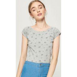T-shirty damskie: Koszulka z nadrukiem all over - Jasny szar
