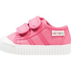 Trampki chłopięce: Victoria Shoes BASKET LONA DOS VELCROS Tenisówki i Trampki frambuesa