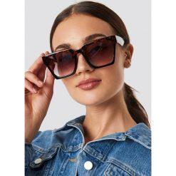 NA-KD Accessories Okulary przeciwsłoneczne Oversize Squared - Brown. Brązowe okulary przeciwsłoneczne damskie aviatory NA-KD Accessories. Za 72,95 zł.