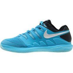 Nike Performance AIR ZOOM VAPOR X HC Obuwie do tenisa Outdoor light blue fury/multicolor. Niebieskie buty sportowe damskie Nike Performance, z materiału, na golfa. W wyprzedaży za 412,30 zł.