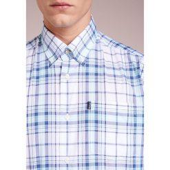 Barbour CHRISTOPHER  Koszula aqua. Niebieskie koszule męskie Barbour, m, z bawełny. Za 379,00 zł.
