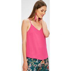 Trendyol - Top. Różowe topy damskie marki Trendyol, z poliesteru. W wyprzedaży za 49,90 zł.