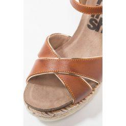 Rzymianki damskie: Refresh Sandały na platformie camel