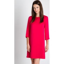 Sukienki balowe: Sukienka w kolorze fuksji z rozszerzanymi rękawami 3/4 BIALCON