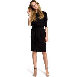 PALOMA Sukienka odcinana w pasie z paskiem - czarna. Czarne sukienki dzianinowe Moe, na co dzień, sportowe, ołówkowe. Za 169,90 zł.