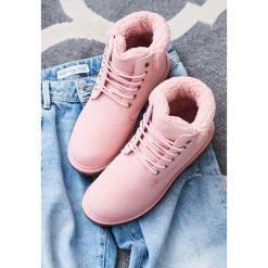 Buty zimowe damskie: Różowe Traperki Roxanne