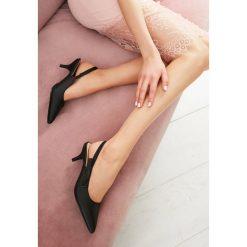 Czarne Sandały For My Girls. Czarne sandały damskie marki vices, na wysokim obcasie. Za 79,99 zł.