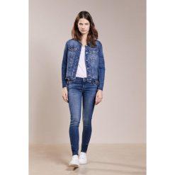 7 for all mankind SKINNY CROPPED Jeans Skinny Fit illusion blue depth. Niebieskie jeansy damskie relaxed fit 7 for all mankind, z bawełny. W wyprzedaży za 557,40 zł.