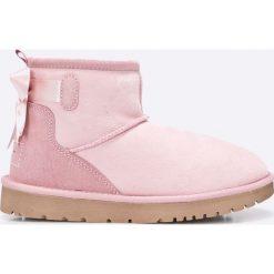 Tamaris - Botki. Szare buty zimowe damskie marki Tamaris, z materiału, z okrągłym noskiem, na obcasie. W wyprzedaży za 239,90 zł.
