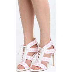 Białe Sandały Ladies First. Czarne sandały damskie marki Kazar, z nubiku, na wysokim obcasie, na szpilce. Za 89,99 zł.