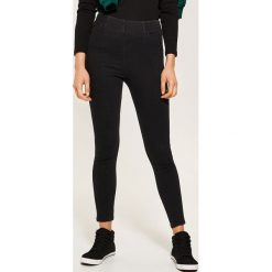 Denimowe jegginsy - Czarny. Czarne legginsy marki House, z jeansu. Za 89,99 zł.