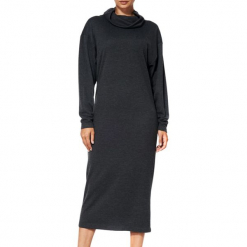 Sukienka w kolorze ciemnoszarym. Szare sukienki marki BOHOBOCO, z golfem, midi, proste. W wyprzedaży za 679,95 zł.