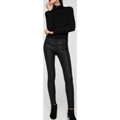 Mango - Jeansy Kim. Czarne jeansy damskie marki Mango. Za 119,90 zł.