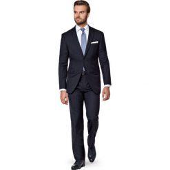 Garnitur Ronny. Czarne garnitury marki LANCERTO, w prążki, z wełny. W wyprzedaży za 299,90 zł.