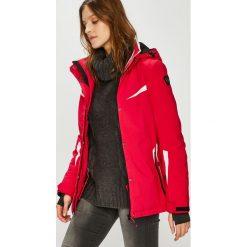 Killtec - Kurtka snowboardowa Carol. Czerwone kurtki damskie KILLTEC, z materiału. Za 649,90 zł.