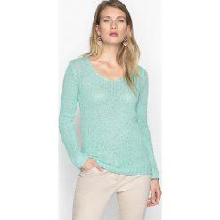 Swetry damskie: Sweter z dekoltem w serek, głównie z bawełny, fantazyjna dzianina