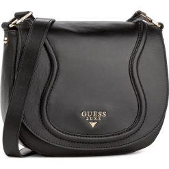 Torebka GUESS - HWFAIT L7321  BLA. Czarne listonoszki damskie marki Guess, z aplikacjami. W wyprzedaży za 519,00 zł.