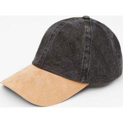 Jeansowa czapka z kontrastowym daszkiem. Brązowe czapki z daszkiem damskie Pull&Bear, z jeansu. Za 49,90 zł.
