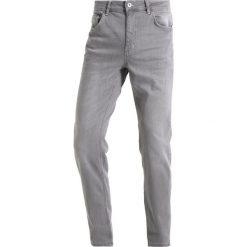 Jeansy męskie regular: YOURTURN Jeansy Relaxed Fit grey