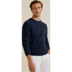 Mango Man - Sweter Lattice. Szare swetry klasyczne męskie Mango Man, l, z dzianiny, z okrągłym kołnierzem. Za 199,90 zł.