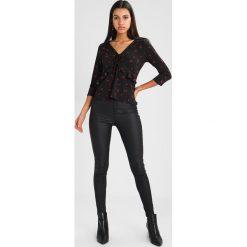 Bluzki asymetryczne: Warehouse CHERRY SPOT PRINT Bluzka z długim rękawem black base