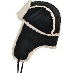 Czapka męska Uszanka Zimowa wyprawa czarno-ecru. Czarne czapki zimowe męskie Art of Polo. Za 37,60 zł.